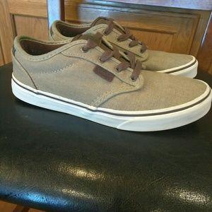 Vans shoes mens 6/ ladies 8